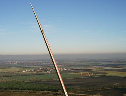 Luftbildkontrolle: Schäden an Windkraftanlagen